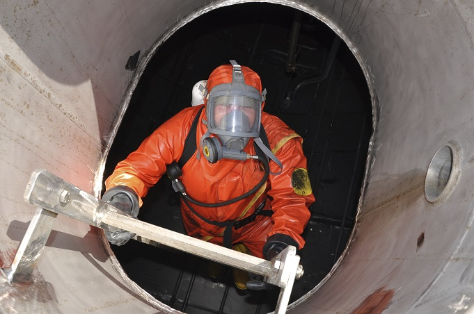 Tradebe-compliance-confined-space-entry